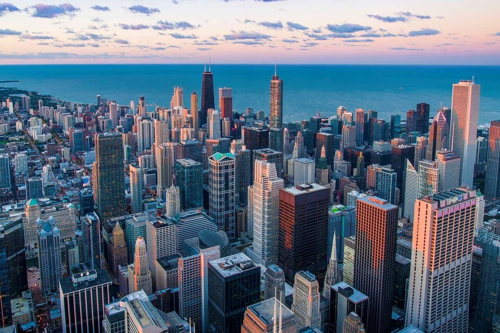 Overhead shot of Chicago, location of ASHI's Great Lakes Chapter meeting