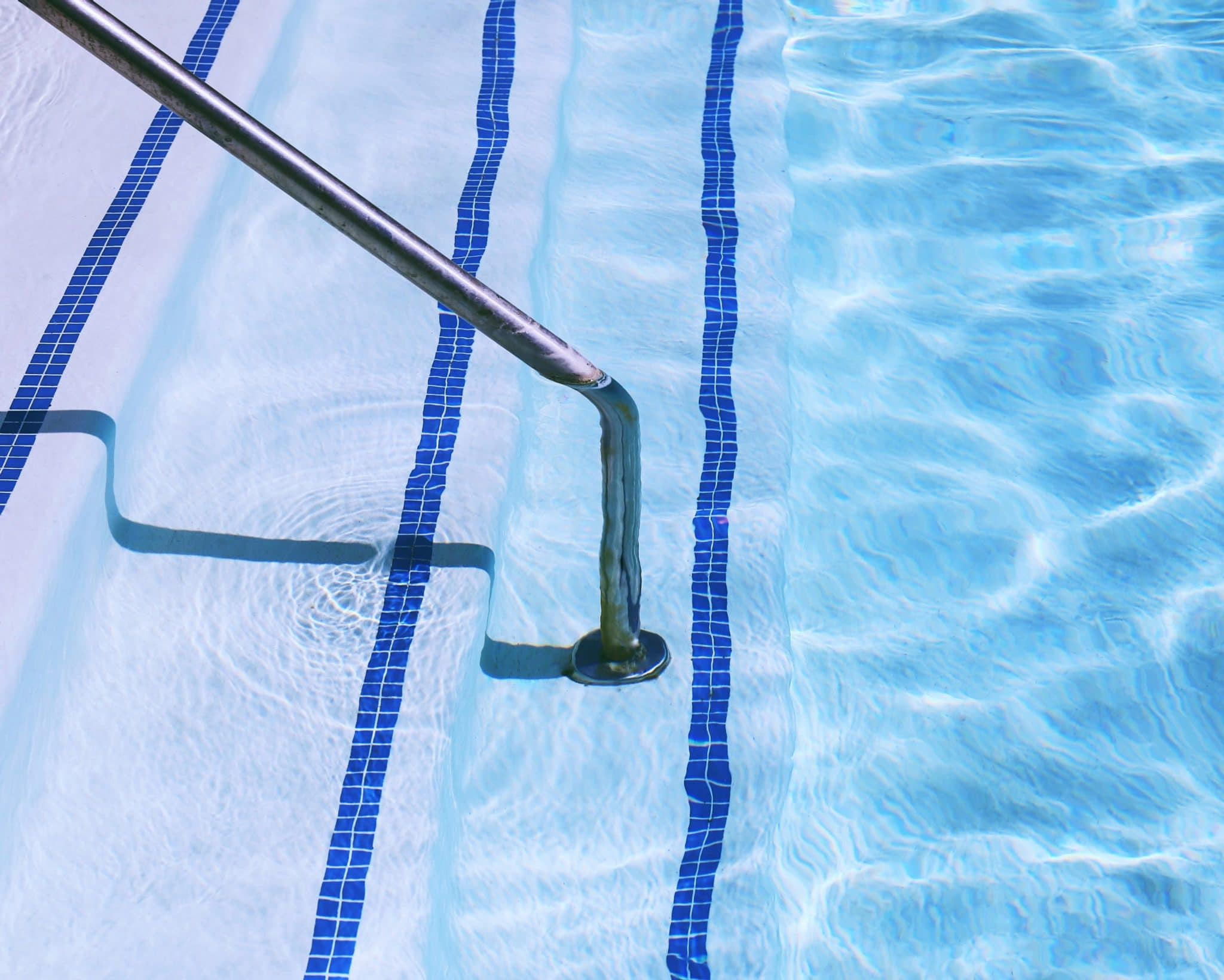 pool steps and railing - pool inspections